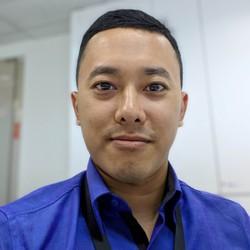 Gilang Kanigara - inglés a indonesio translator