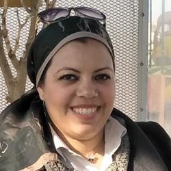 May Kahla - inglés a árabe translator