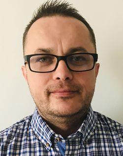Tomek Sztrekier - angielski > polski translator