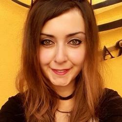 Gül Şahin - English to Turkish translator