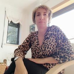 Ana Maria Medeiros - inglés a portugués translator