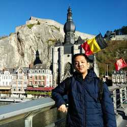 M Helmi Aziz - inglés a indonesio translator