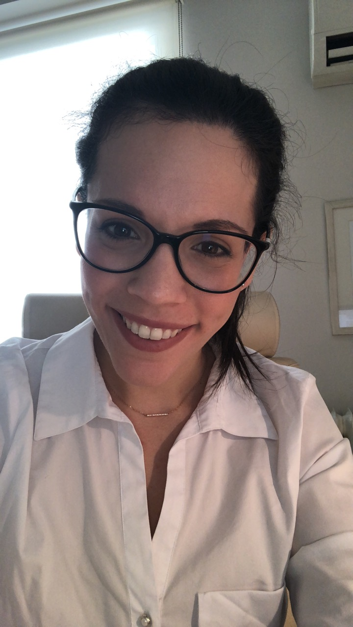 Eleni Svoronou - inglés a griego translator