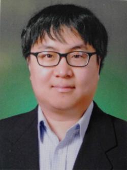 Jongseo Kim - koreański > angielski translator