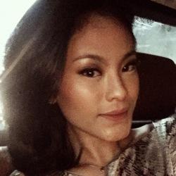 Arimbi Yogasara - inglés a indonesio translator