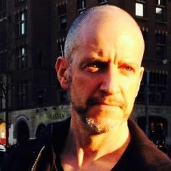 Ciaran O Faolain - neerlandés a inglés translator