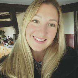 Elena Van de Saar - angielski > rosyjski translator