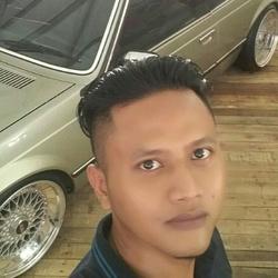Mohammad Addin - inglés a indonesio translator
