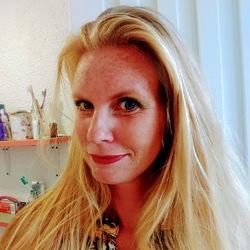 Mireille Broekhoven - inglés a neerlandés translator