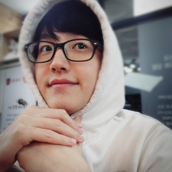 Jin Yoo - angielski > koreański translator