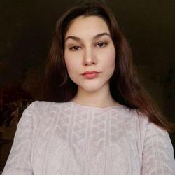 Catherine Halushko - angielski > ukraiński translator