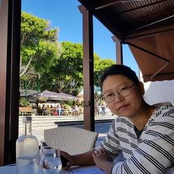 Moonsun Kang - angielski > koreański translator