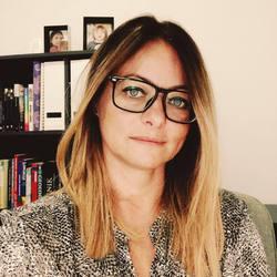 Deena D. Kragulj - Serbian a English translator