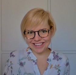 Lucy Powell - español a inglés translator