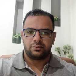 Ahmad Hassan - inglés a árabe translator