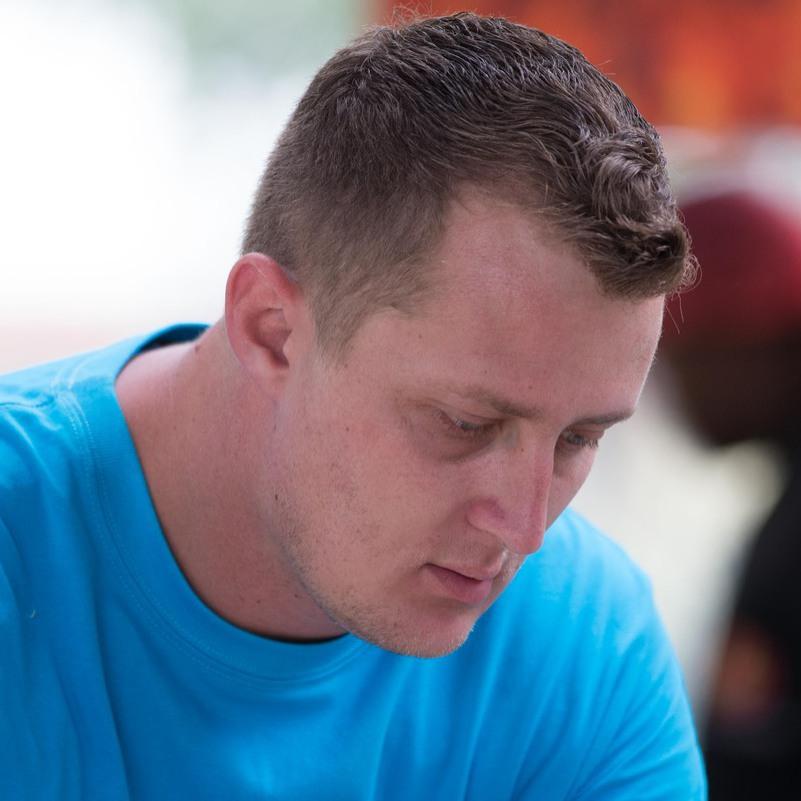 Daniel Fouche - afrikaans a inglés translator