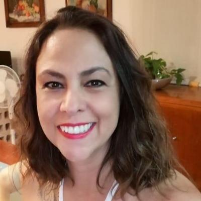 María D.