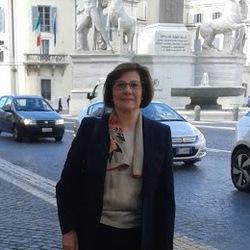 Paola Manuppella - Italian to Portuguese translator