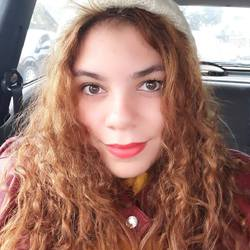 Luana Granatto - inglés a portugués translator