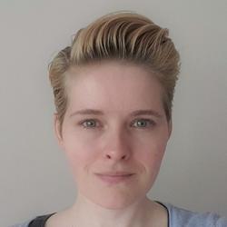 Rebecca Caspers - English to Dutch translator