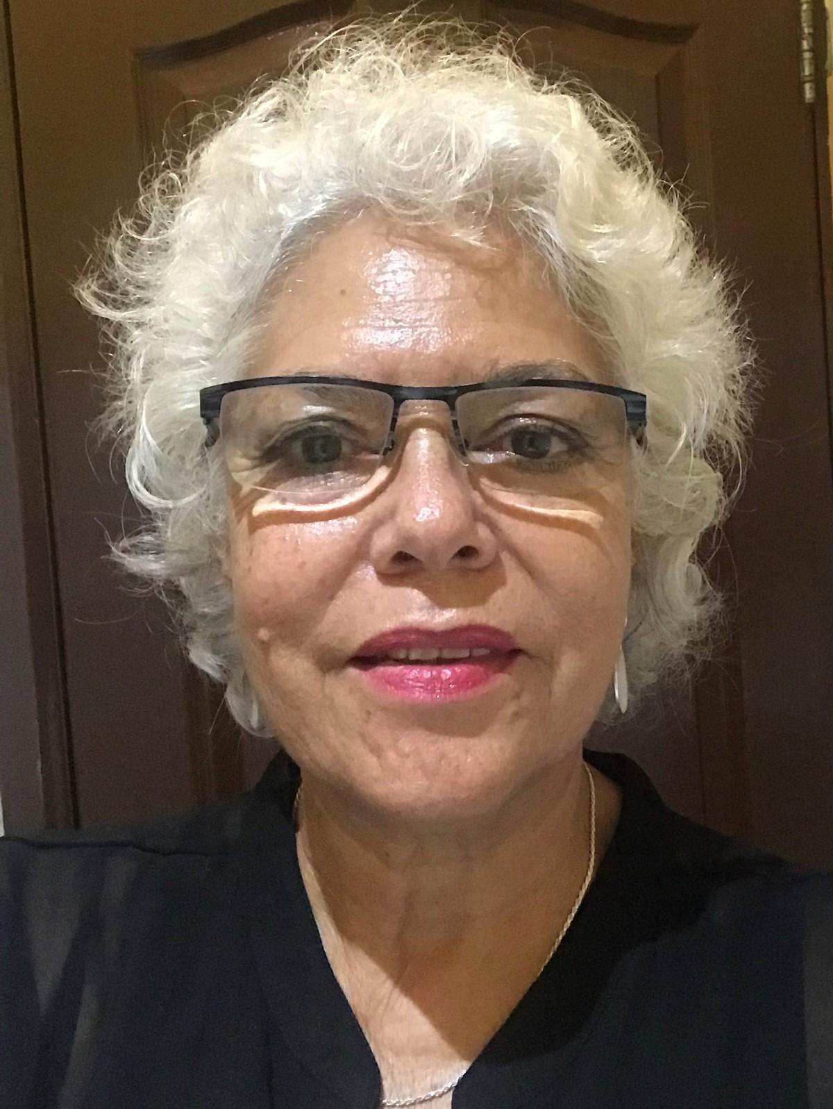 Sarojini Seeneevassen - alemán a inglés translator