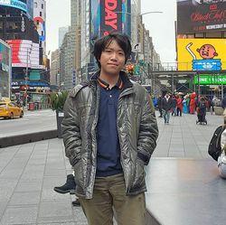 Hitoshi Taniguchi - japonés a inglés translator