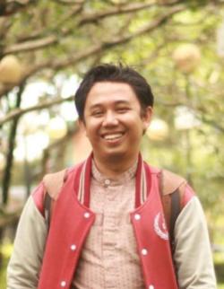 Fathur Machmud - angielski > indonezyjski translator