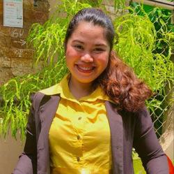 Jannie Kharr Hugo - tagalski > angielski translator