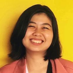 Sinee Uparamaiyamas - inglés a tailandés translator