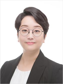 Ari Yuk - angielski > koreański translator