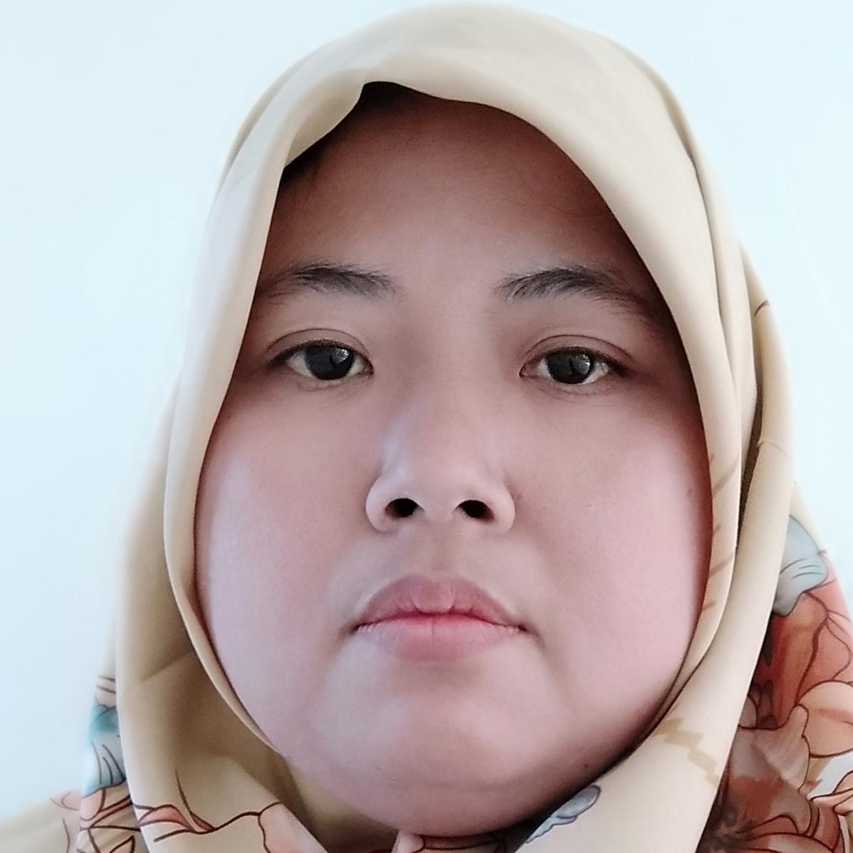 Nita Arianti - inglés a indonesio translator
