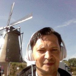 IGOR SYROVATCHENKO - inglés a ruso translator