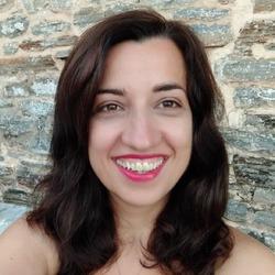 Maria Theocharopoulou - inglés al griego translator