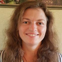 Yulia Nesterenko - rosyjski > ukraiński translator