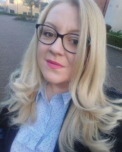 Elena Toomeey - angielski > bułgarski translator