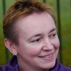 Dr Stephanie Chenais - English to French translator
