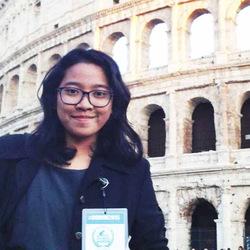 Novia Putri - inglés a indonesio translator