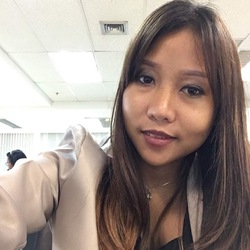 Narudee Oschmann - inglés a tailandés translator
