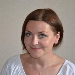 Anna Biel - angielski > polski translator