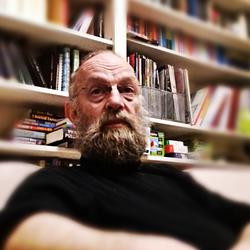 MARK ROBERTSON - portugués a inglés translator