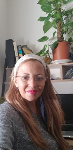 Leah Fainchtein Buenavida - angielski > hiszpański translator