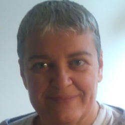 Gizella Katalin Abrudan - English a Hungarian translator