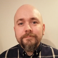 Arnas Vitkus - English a Lithuanian translator
