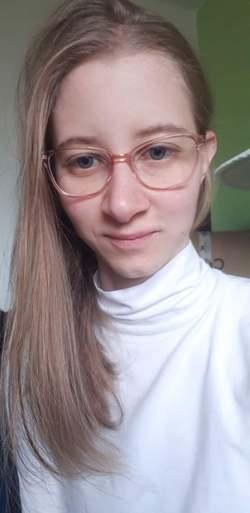 Diana Beres - English to Hungarian translator