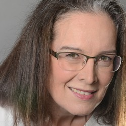 Andrea Galle - Dutch a German translator