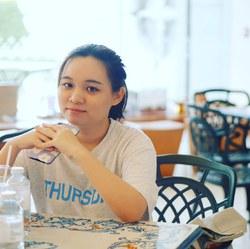 RuksinaJ - tailandés a inglés translator