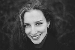 Elena Stupnikova - angielski > rosyjski translator