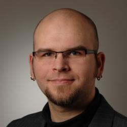 Julian Pastor - inglés a alemán translator
