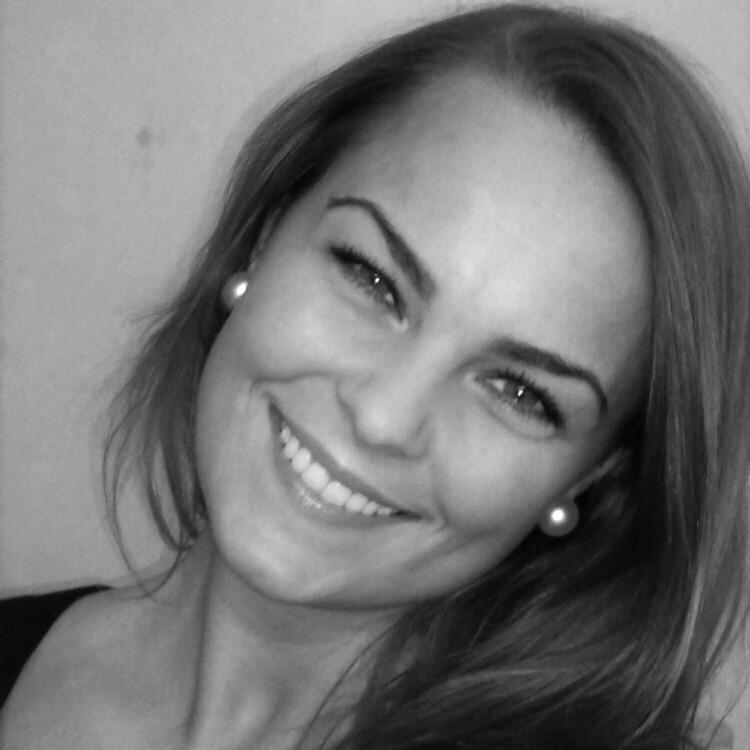 Rebekka Steen Pettersen - angielski > norweski translator
