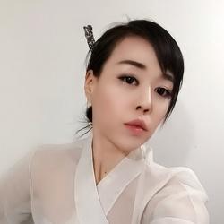 Nu Ri Choi - angielski > koreański translator